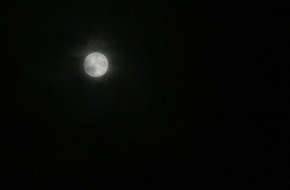 Christmas 2015 Full Moon (2/2)