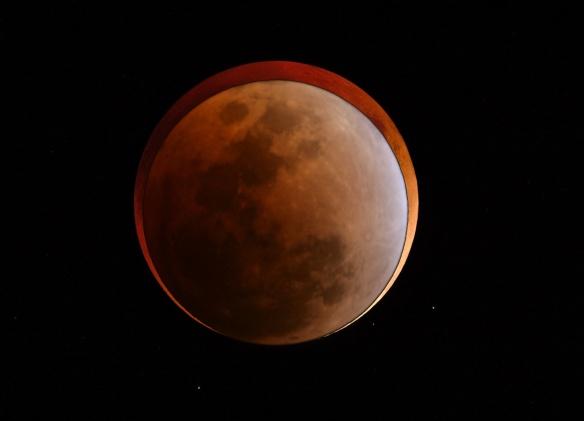 Lunar Size Comparison Between February 2008 and September 2015 Lunar Eclipse