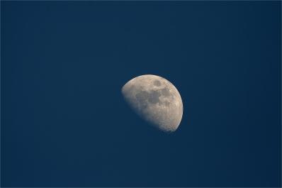April 15th, 2016 Moon - Benoit Guertin