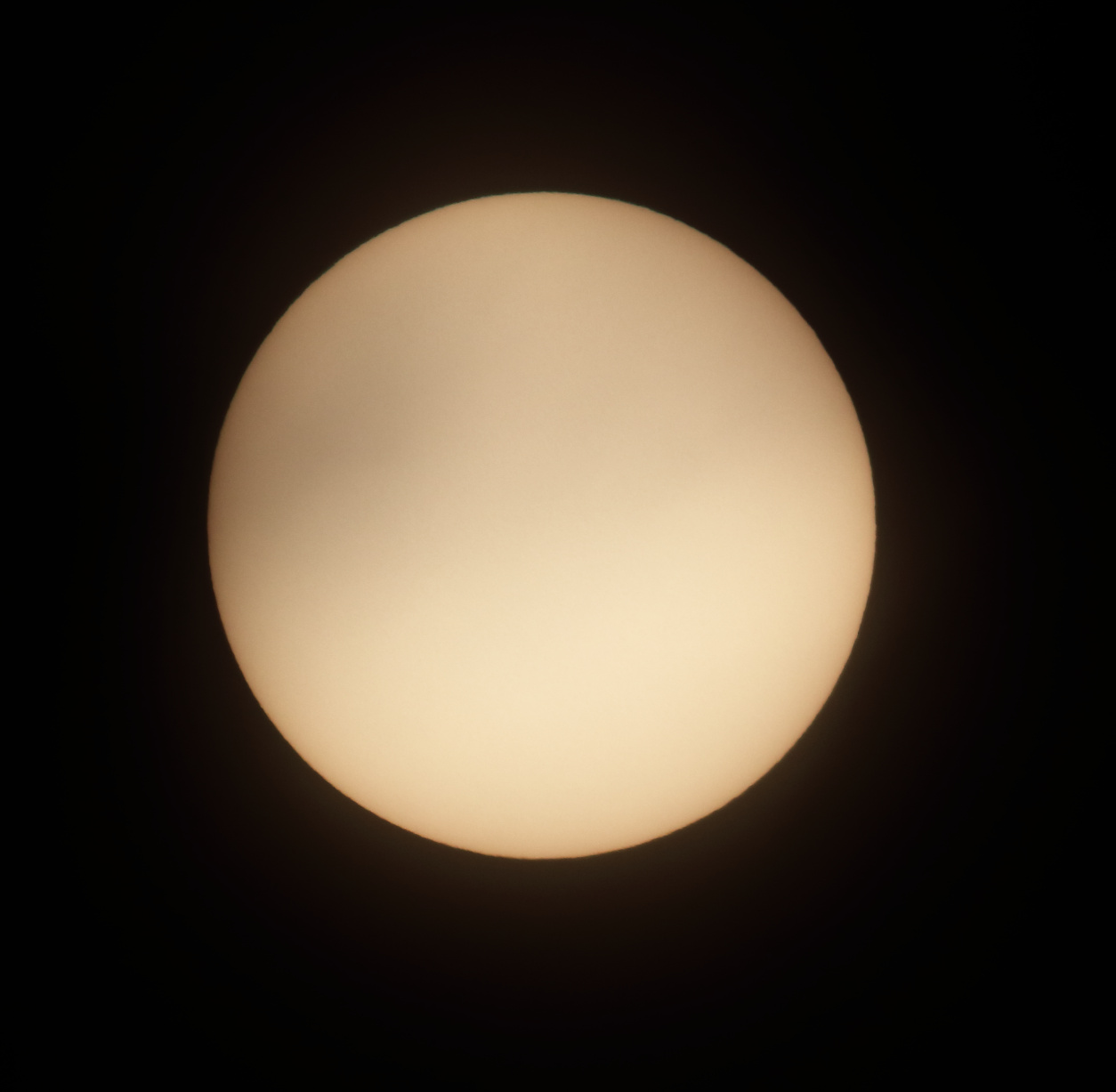 Sun on April 4, 2020 with no sunspots.